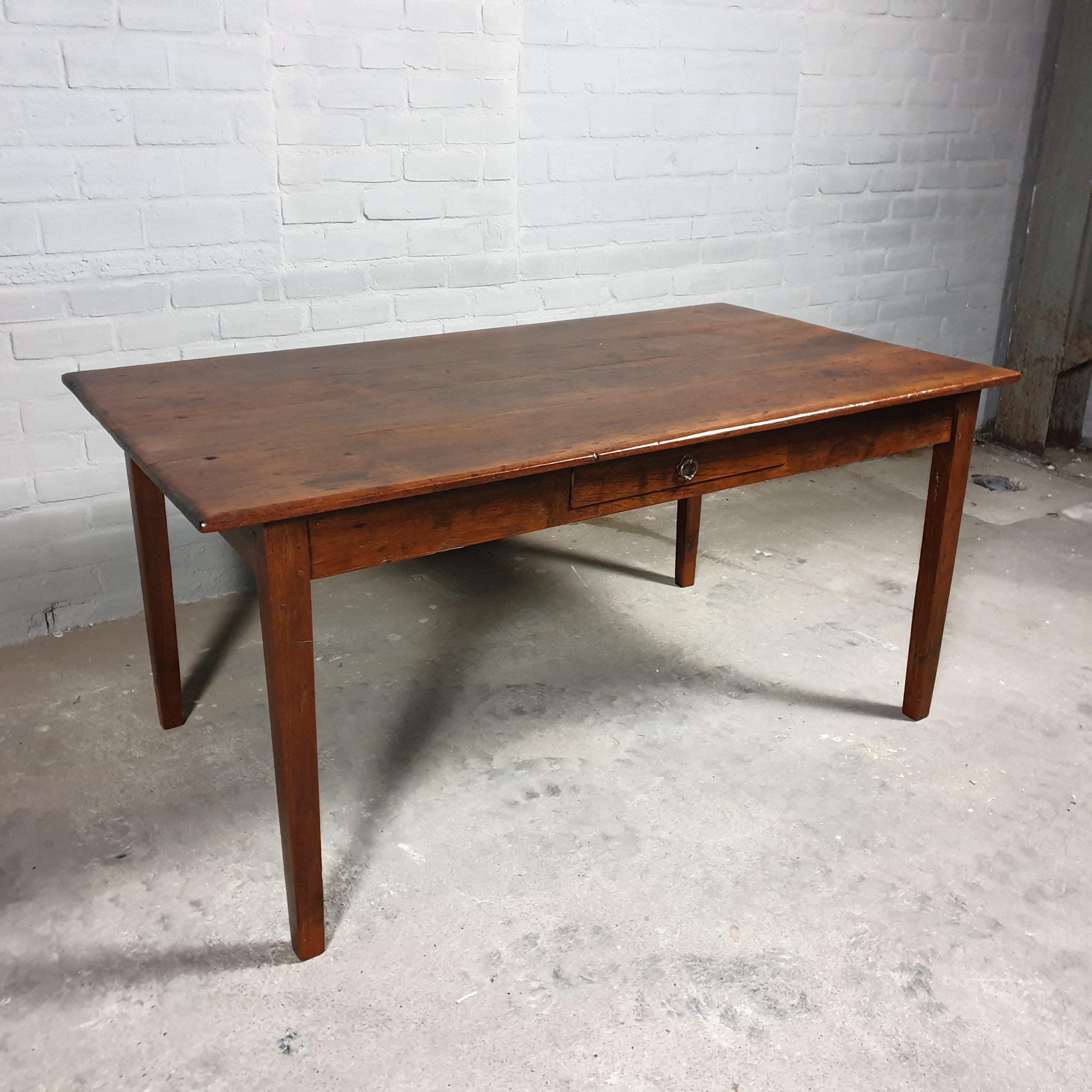 Antieke tafel-C027