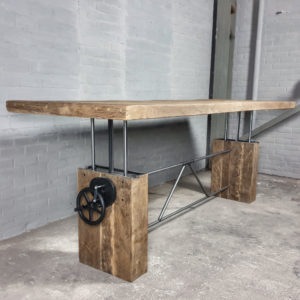 Hoogte verstelbare tafel - Zonverbrand oud eiken