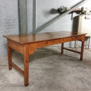 Antieke tafel-C034
