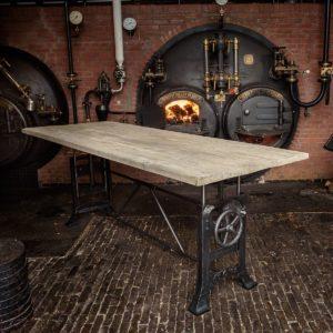 Hoogte verstelbare Industriële tafel oud eiken tafelblad, DT03-industrieel