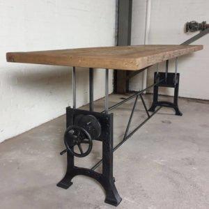 hoogte verstelbare tafel met 7cm oud eiken blad - industrieel design