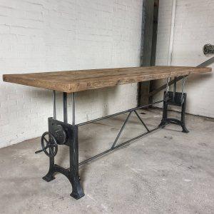in-hoogte-verstelbare-industriele-tafel-met-7cm-zonverbrand-oud-eiken-blad-dt03-7cm-01