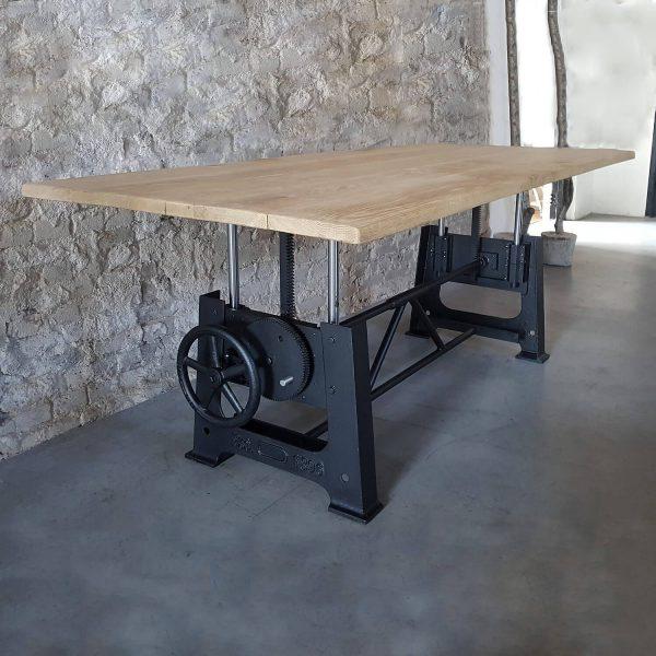 in-hoogte-verstelbare-industriele-salontafel-dt25-01